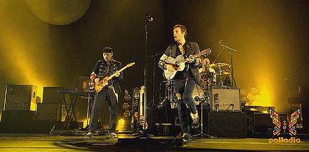 Coldplay: uma das poucas bandas que vale realmente o ingresso.