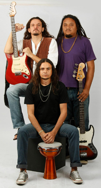 O power-trio cearense Renegados.