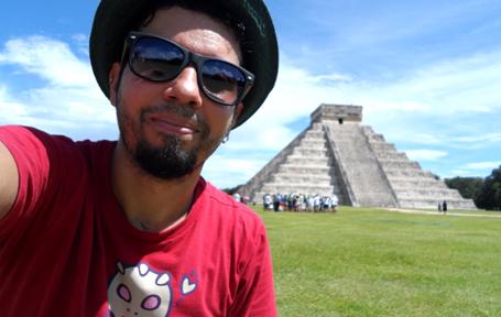 Nas ruínas da cidade Maia de Chichen Itza, no México.