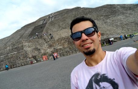 Pirâmide do Sol: a maior pirâmide das Américas. (clique na foto para ampliá-la)